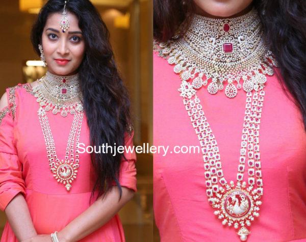 diamond necklace designs by Manepally