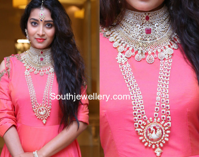 diamond necklace designs by Manepally