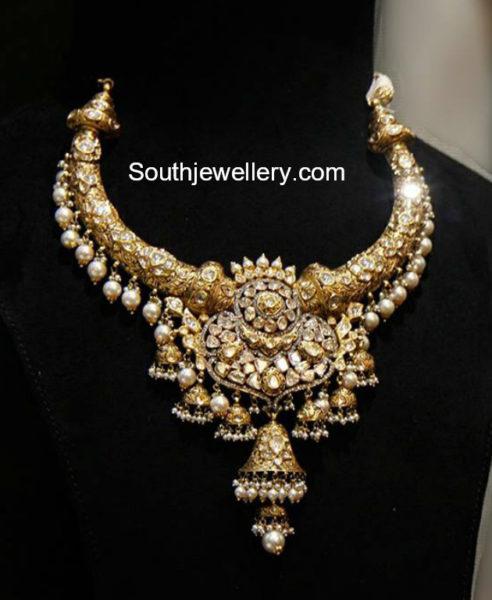 hasli style necklace