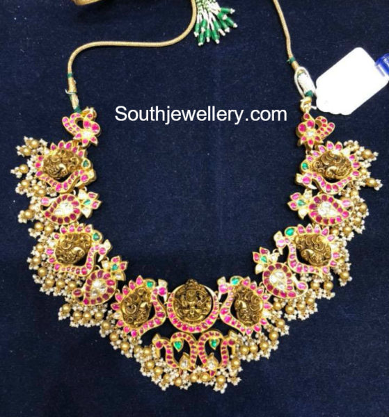 latest gold necklace designs 2018