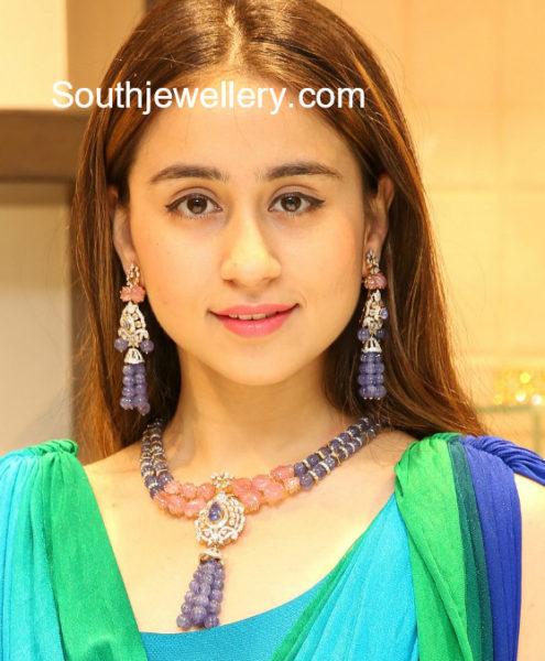 trendy necklace designs