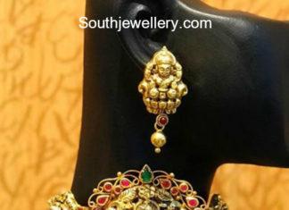 nakshi gold choker and earrings
