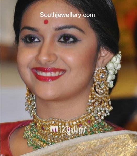 keerthy suresh gold jewellery at mahanati audio launch