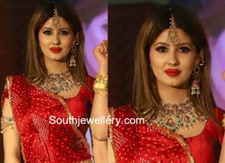 Traditional Gold Lakshmi Kasulaperu Collection - Jewellery ...  Davanam