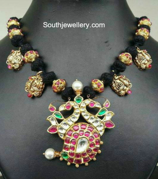 black dori necklace designs