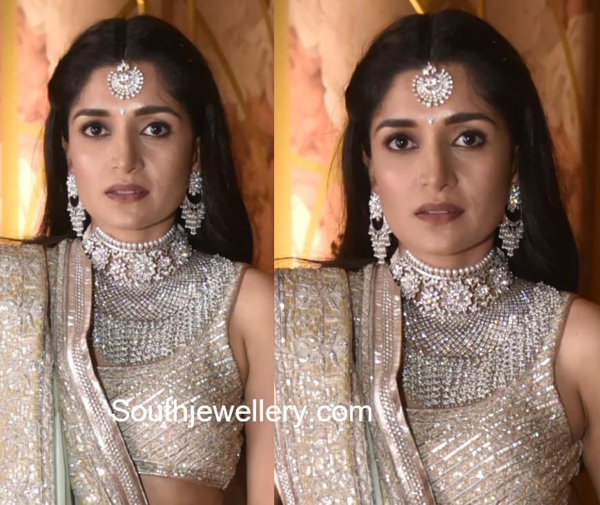 dia bhupal diamond jewellery in shriya bhupal wedding