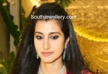 nara brahmani diamond emerald necklace