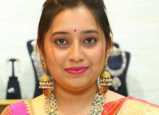 pearl haram lakshmi pendant