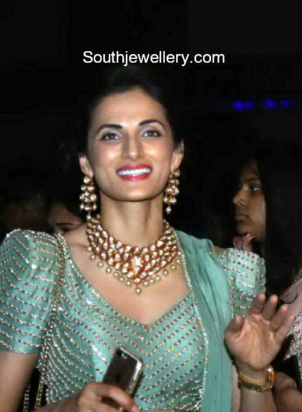 shilpa reddy kundan necklace