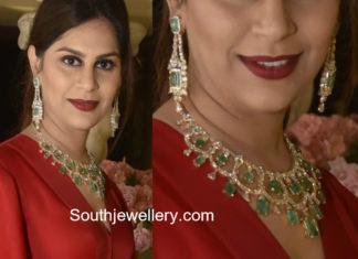 upasana kamineni diamond emerald necklace