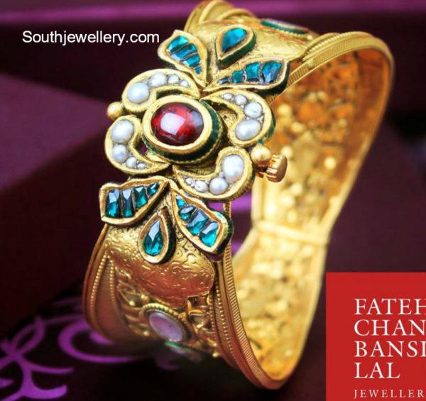 traditional gold kada designs