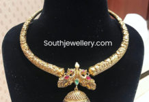 kanthi style necklace with jhumki pendant