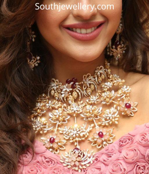 floral diamond necklace
