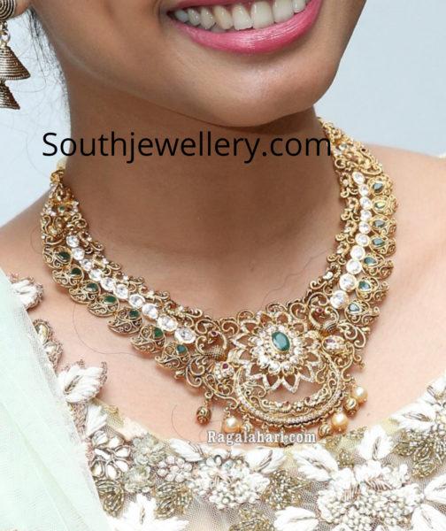 gold necklace bangle