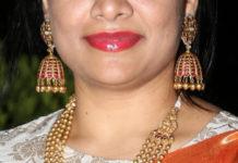 gold balls necklace jhumkas