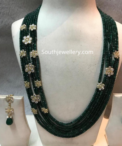 green beads necklace with uncut diamond motifs