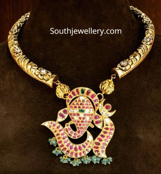 kanthi necklace with ganesh pendant