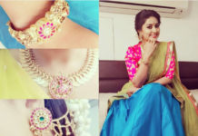 actress sneha in gold necklace