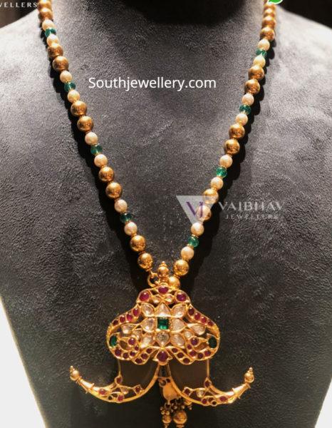 beads chain with puligoru pendant