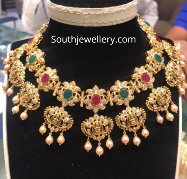 lakshmi pacchi necklace