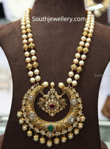 pearl mala with chandbali pendant