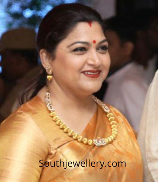 khushbu sundar gold necklace