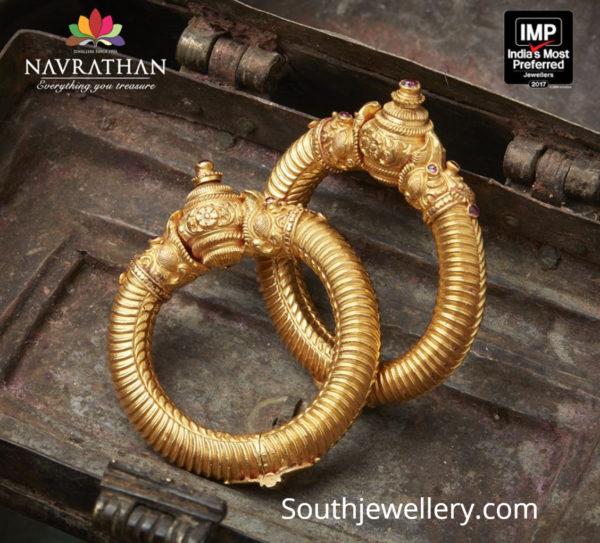 nakshi gold kada designs