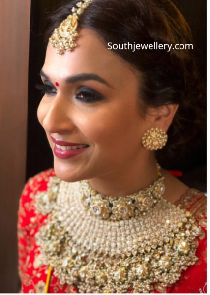 soundarya rajinikanth reception jewellery
