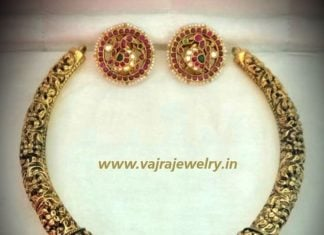 kanthi style choker and earrings