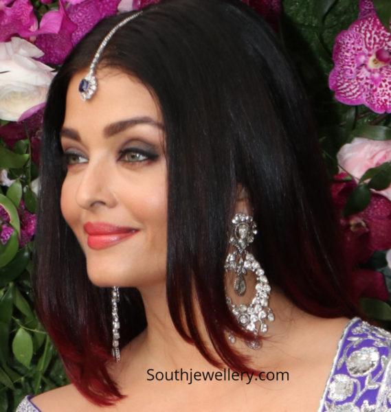 aishwarya bachchan diamond earrings at akash ambani wedding