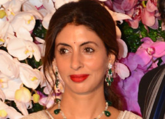 shweta bachchan diamond emerald necklace