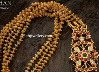 gold balls necklace with side pendant