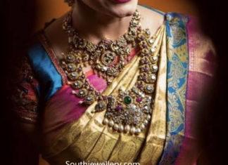 bride antique gold jewellery