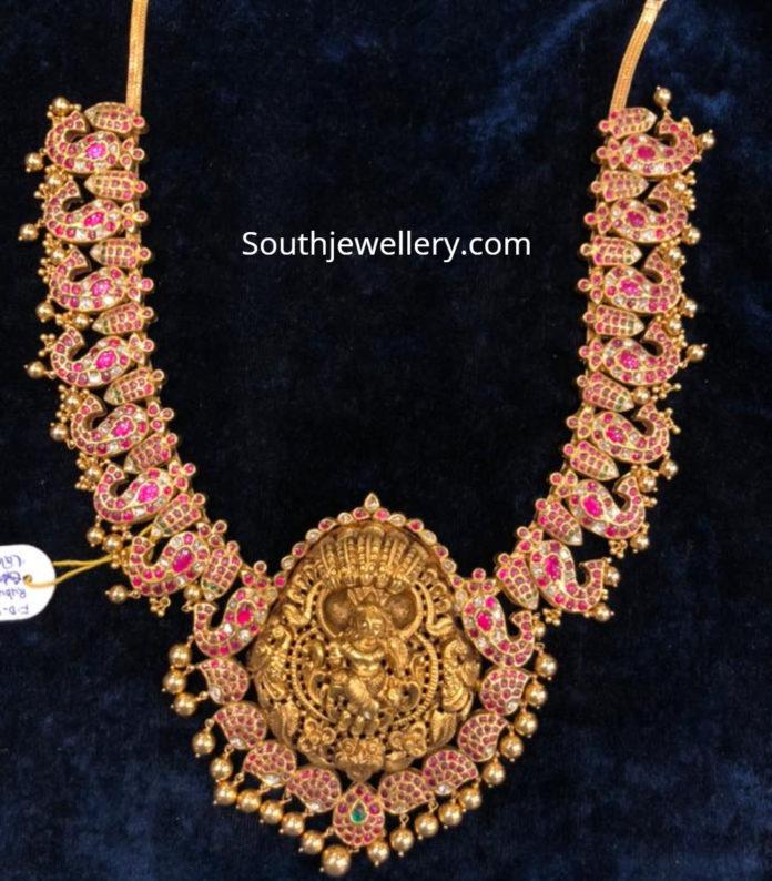 kundan haram with lakshmi pendant