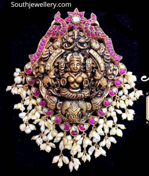 lakshmi guttapusalu pendant