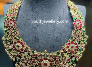 latest stone necklace designs