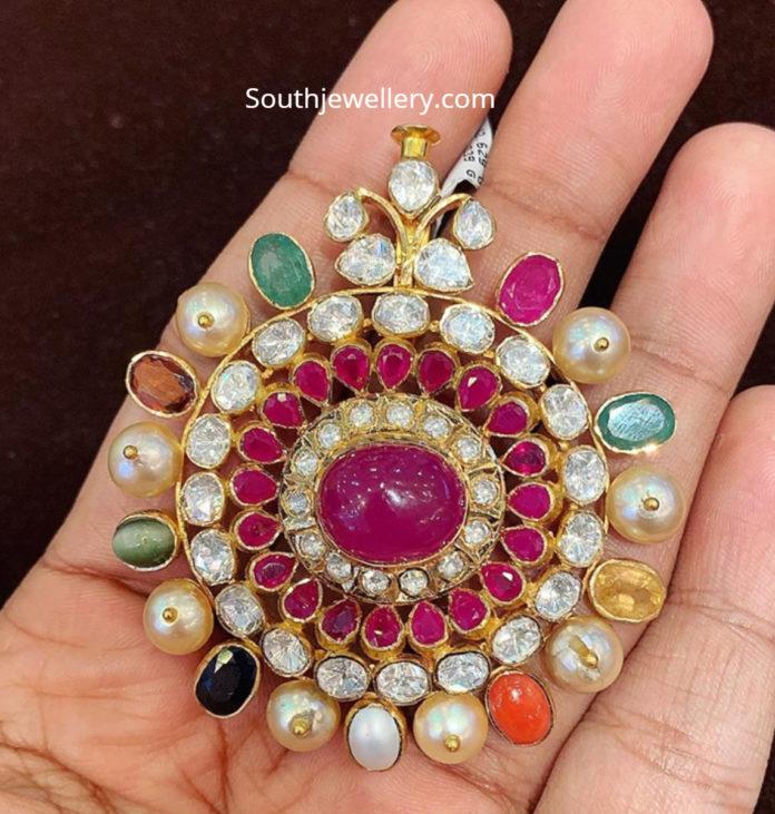 navrathan pendant