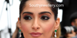 sonam kapoor diamond emerald necklace cannes
