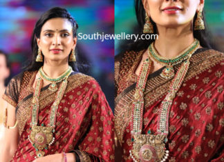 traditional gold jewellery by Navrathan jewellery
