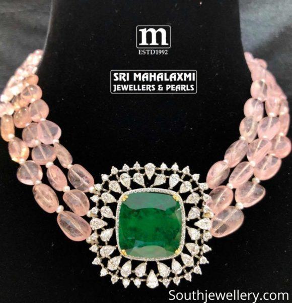 beads choker with pendant