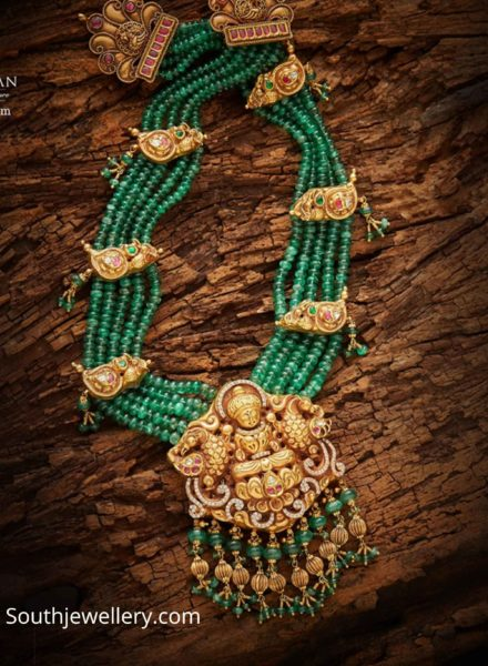 emerald beads necklace (1)