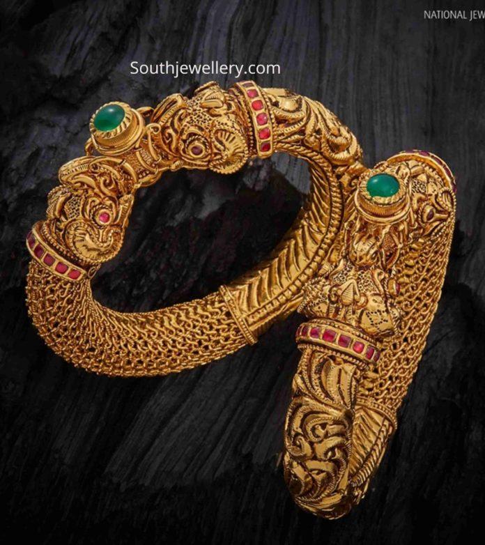 gold nakshi bangles