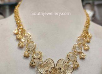 light weight gold filgree necklace