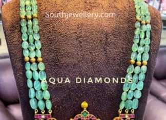 emerald beads necklace with pendant