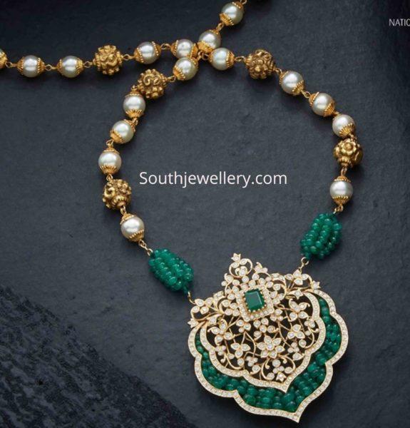 gold nakshi balls necklace with diamond pendant