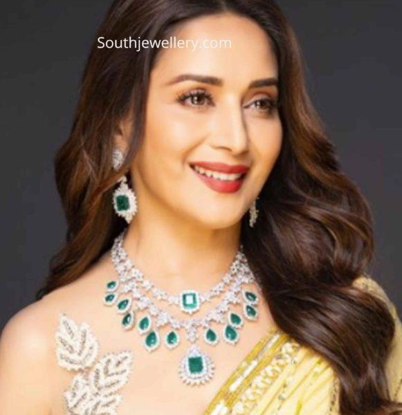 madhuri dixit diamond emerald necklace (1)