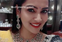 bigg boss himaja diamond emerald jewellery