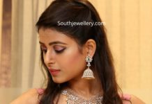 manepally diamond emerald jewellery set (1)