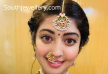 pranitha subhash traditional gold jewellery