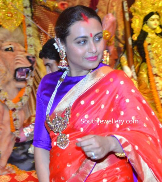 rani mukerji traditional jewellery pearl haar
